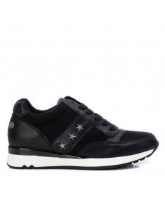 Sneaker tres estrellas